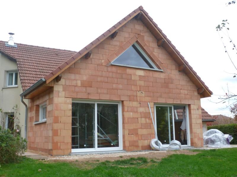 Extension maison brique fu39 jornalagora - Salon habitat besancon ...